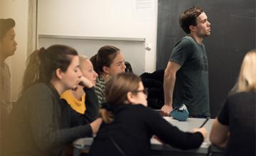 Studerende i en undervisningssituation